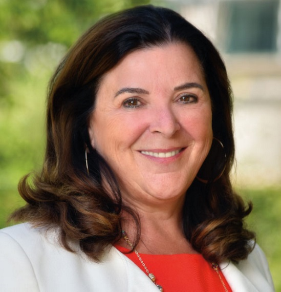 Images Go to the New Detail: Returning to her roots: Memorial University announces Dr. Vianne Timmons as first female president and vice-chancellor